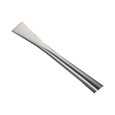 Tooth Scaler - Slanted Tip - 4.5 mm